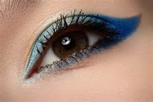 blue-shadow